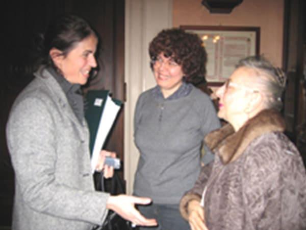 l'Assessora alla cultura Monica Balbinot, la Presidente dell'Associazione Moderata Fonte Anna Maria Zanetti, la nipote di Lina Merlin signora Franca Cuonzo Travaglia.
