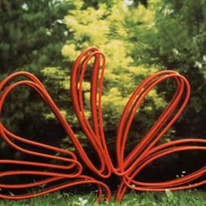 Fiore rosso, 1978 - cm 100 x 75 rilievi in ferro su acciaio lucido